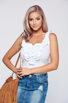 Fofy white cotton casual top shirt with ruffles on the chest