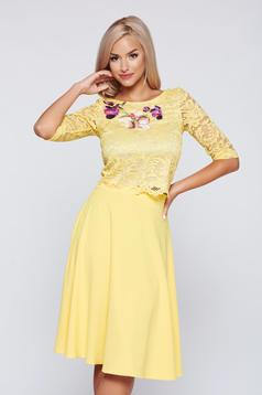 StarShinerS yellow elegant embroidered laced set