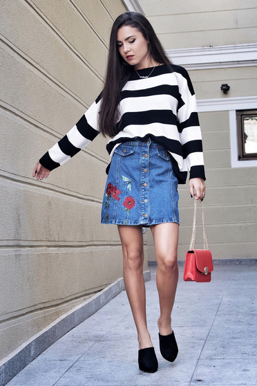 Top Secret blue casual embroidered cotton skirt