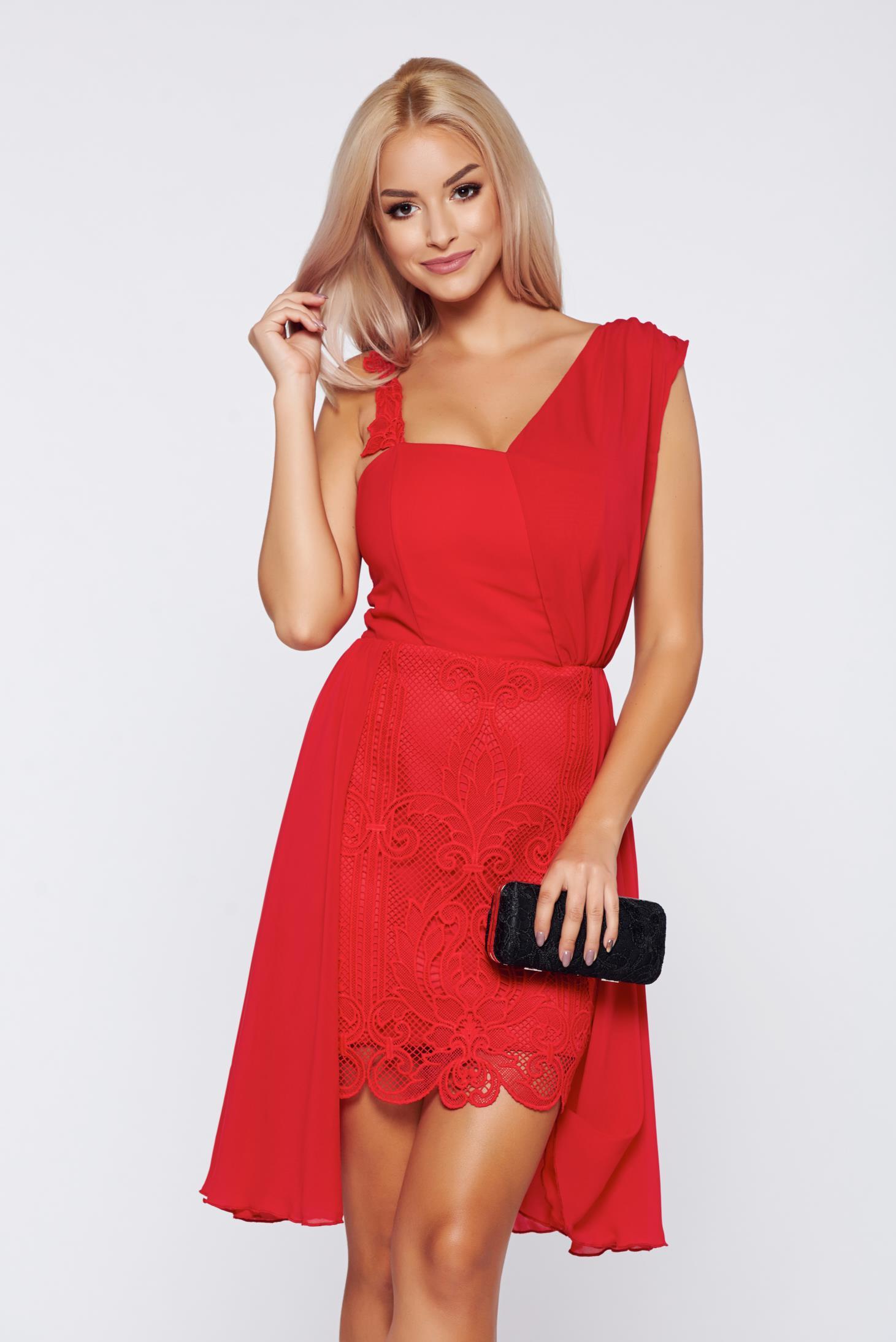 558b682caf Piros alkalmi ruha fátyol anyagból