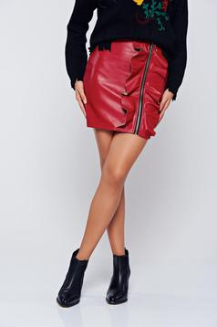 Clubbing red skirt with ruffle details