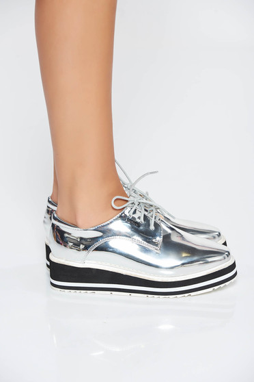Silver casual shoes with lace and metallic aspect