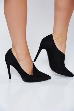 Black office high heel shoes