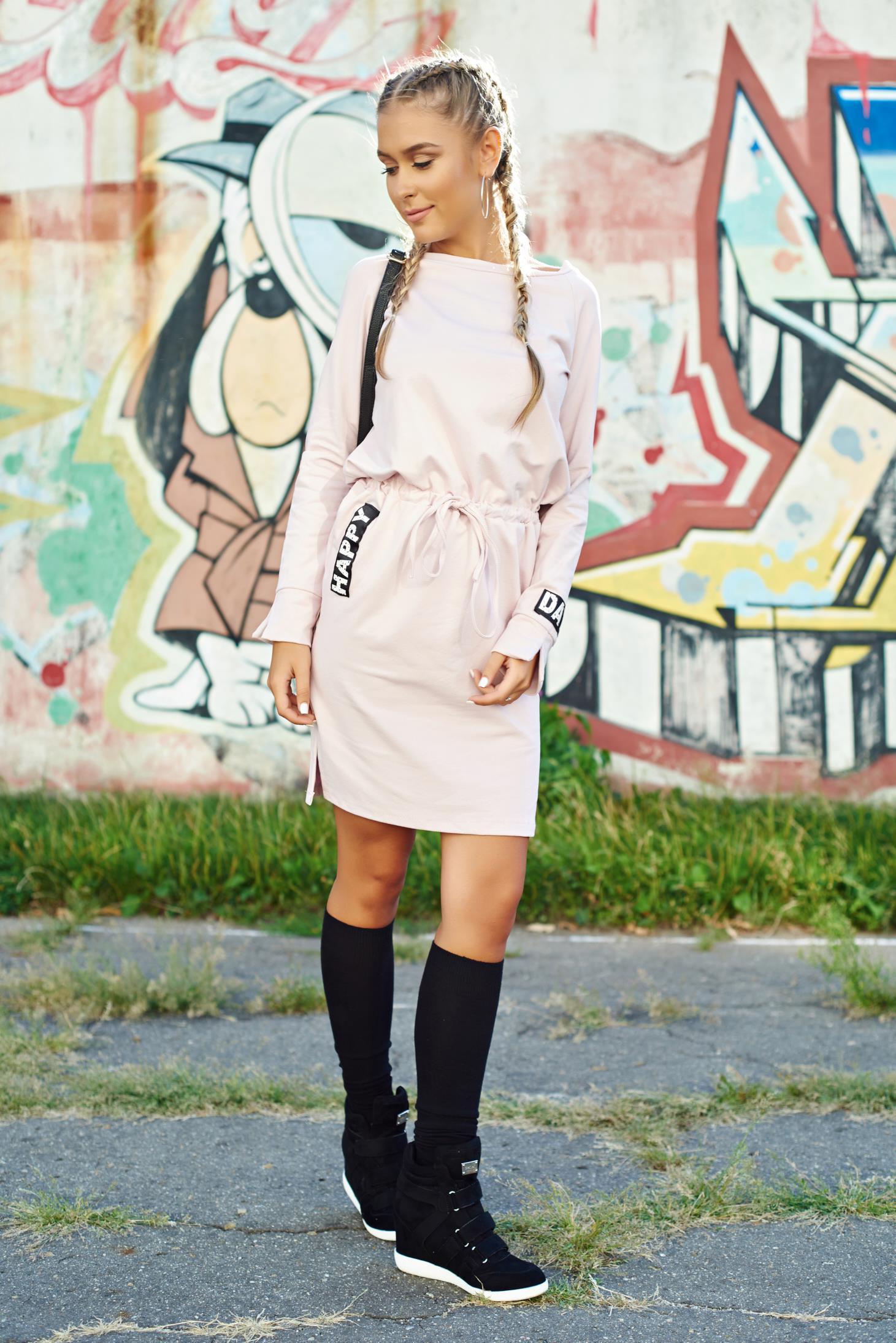 Rochie rosa casual din bumbac elastic cu croi larg cu snur in talie