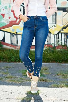 Blue casual embroidered jeans from cotton