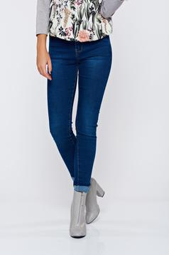 Blue casual skinny jeans with medium waist