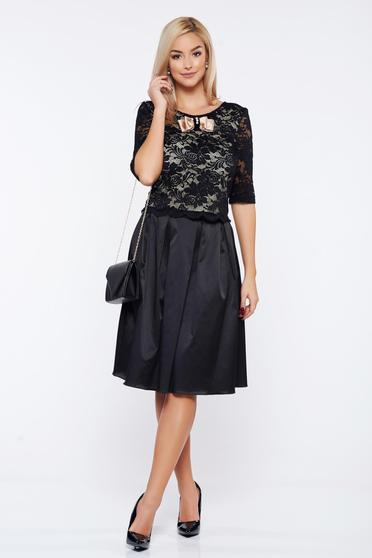 StarShinerS black elegant laced set with satin fabric texture