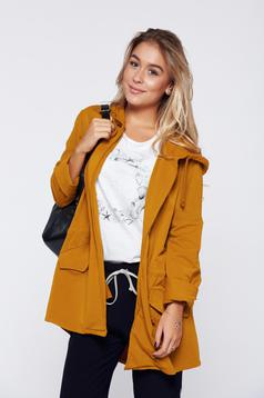 Yellow cotton sweater with pockets
