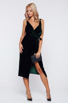 Occasional darkgreen wrap around velvet dress