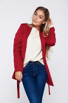 Burgundy jacket office inside lining accessorized with tied waistband