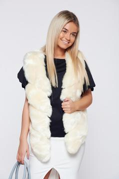 White ecological fur casual gilet with asymmetrical cut