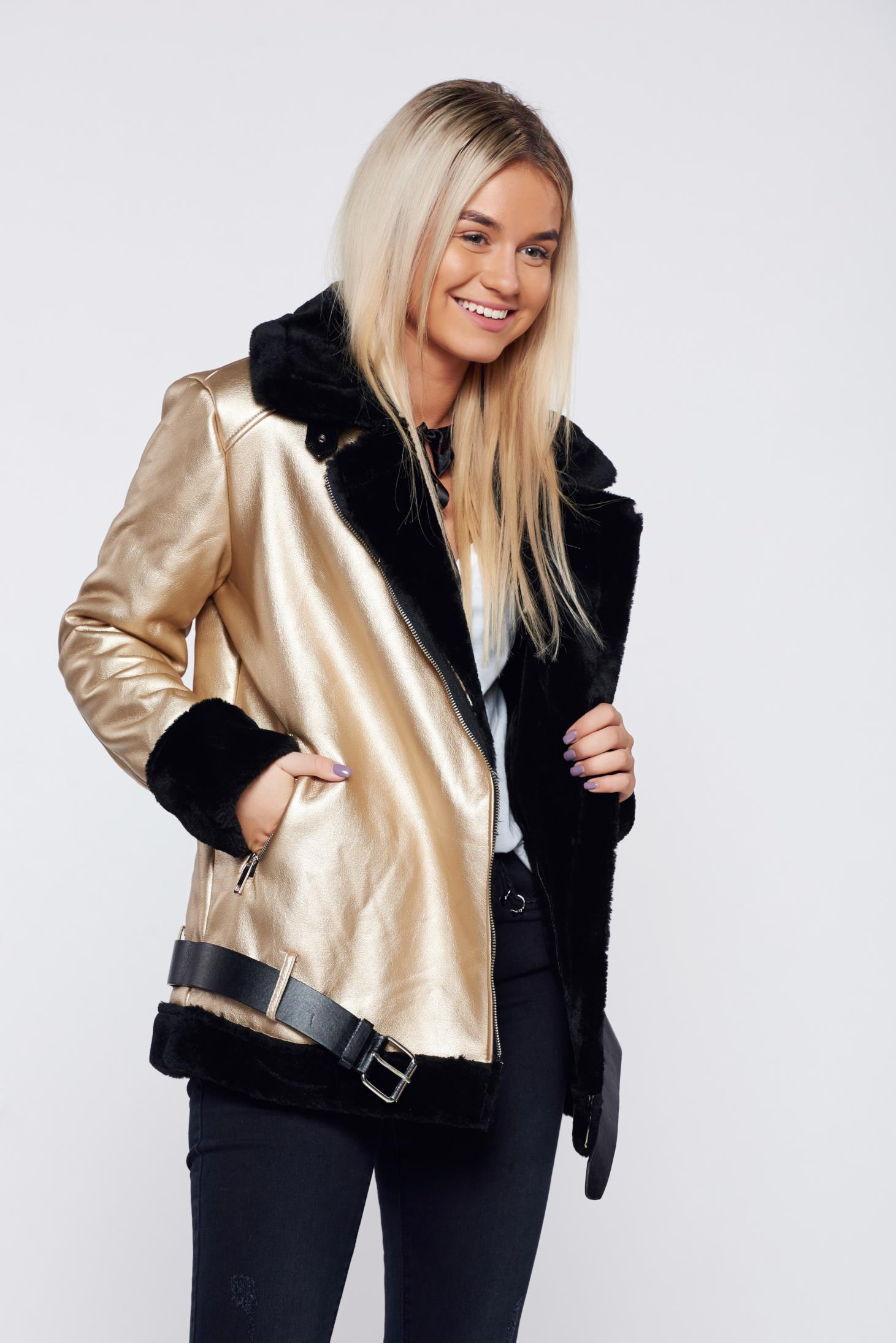 Gold casual jacket accessorized with belt and faux fur lining