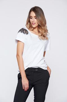 StarShinerS white casual cotton t-shirt with small beads embellished details