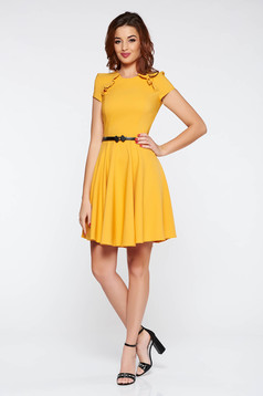 StarShinerS FALL in love mustard yellow elegant daily dress accessorized with belt