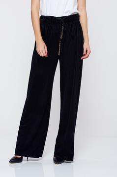 Easy cut black casual trousers with elastic waist