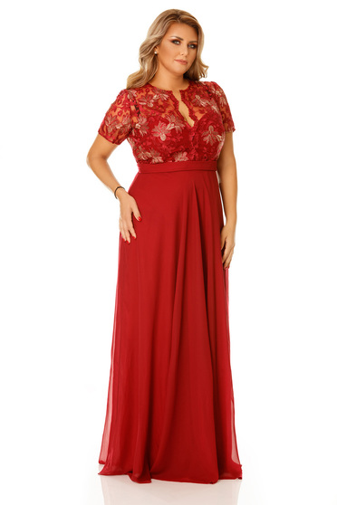 Occasional burgundy dress with a cleavage embroidery details