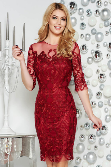 Burgundy occasional dress from tulle embroidered with inside lining with tented cut
