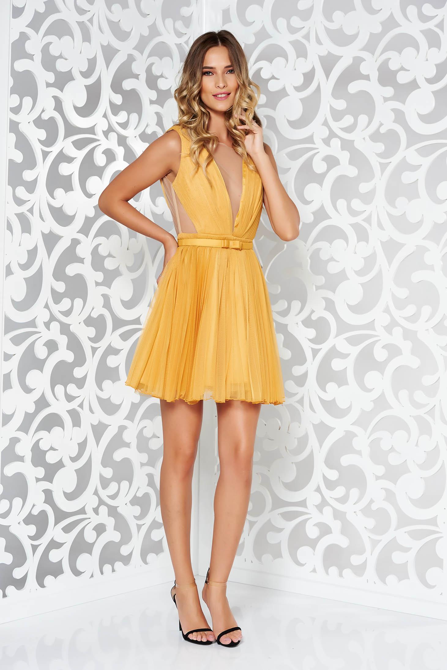 Mustársárga Ana Radu harang alakú alkalmi ruha övvel ellátva 0902b2eb53
