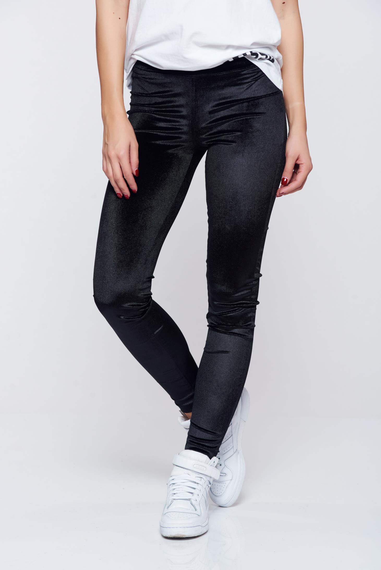 Pantaloni Ocassion negri eleganti conici din catifea