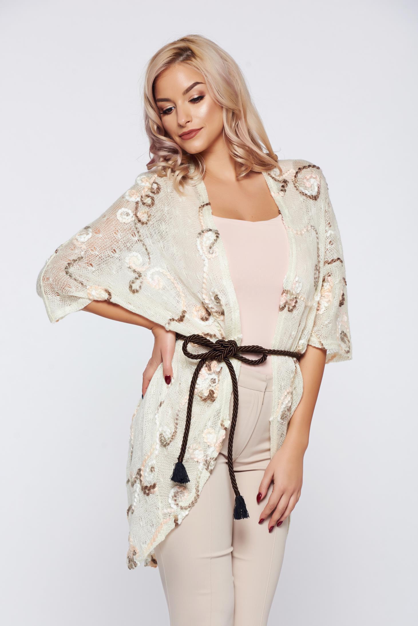 Cardigan PrettyGirl crem casual tricotat brodat cu flori in relief