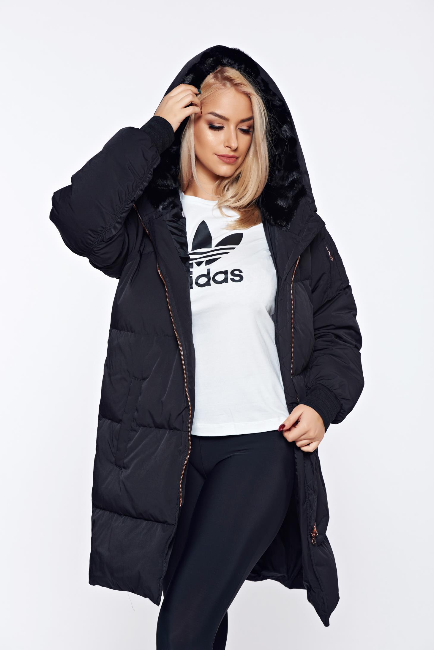 Geaca Adidas neagra casual din fas cu gluga imblanita