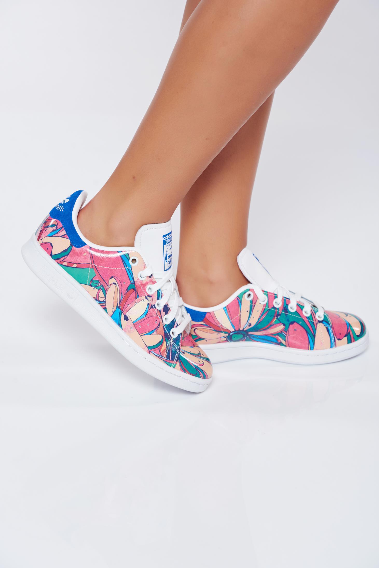 Pantofi sport Adidas Originals rosa casual din piele naturala cu imprimeu floral
