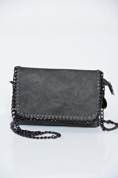 Grey casual bag from braided fabric accessorized with chain