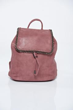 Pink ecological leather backpacks accessorized with chain