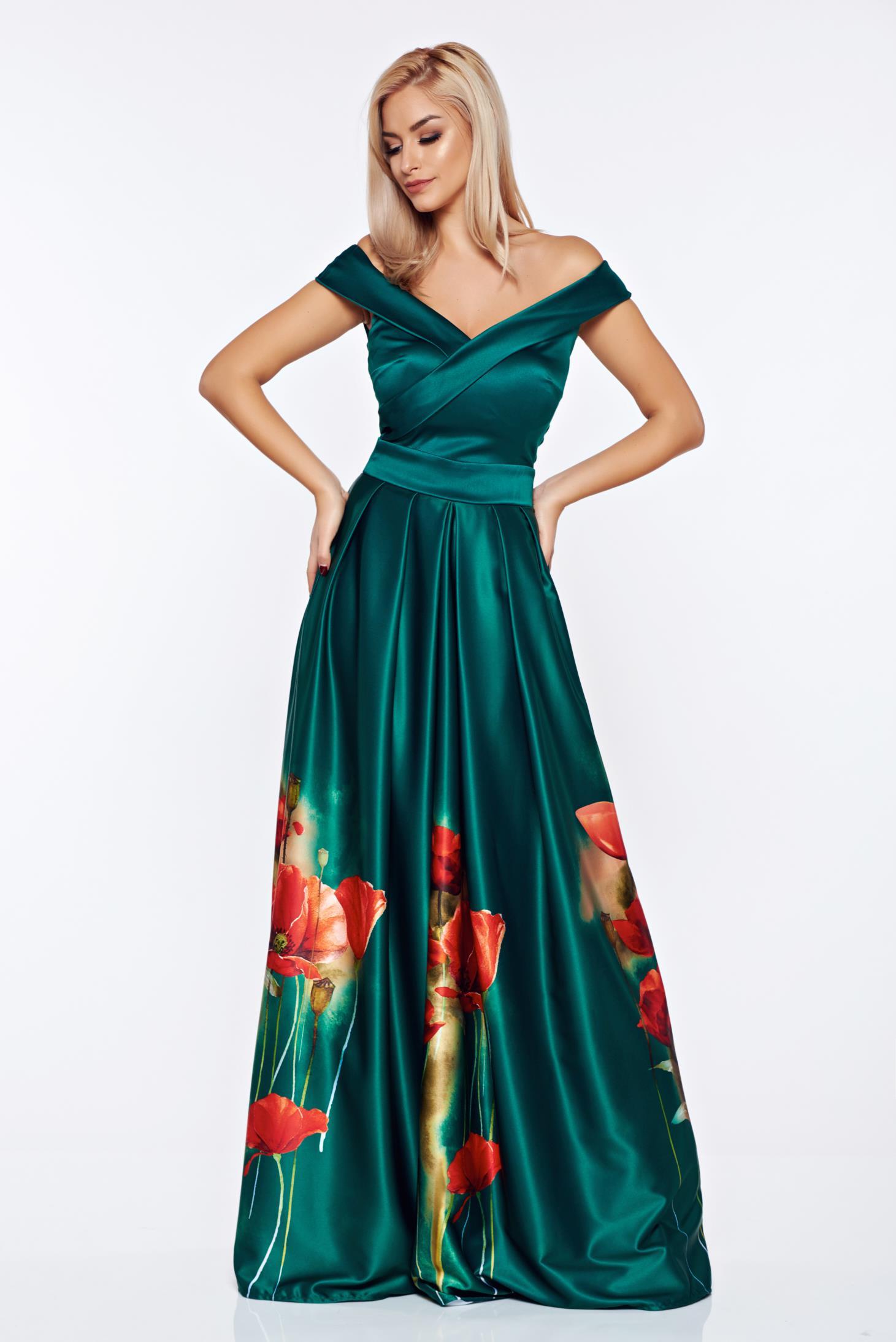 Zöld Artista alkalmi ruha szatén anyagból virágmintás díszítéssel 4f211c68f4