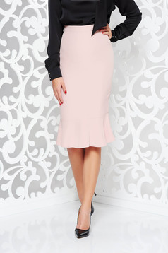 StarShinerS office with tented cut high waisted rosa skirt slightly elastic fabric with ruffle details