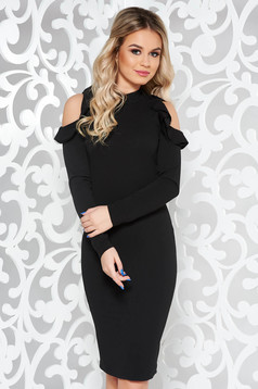 StarShinerS black pencil daily dress with both shoulders cut out