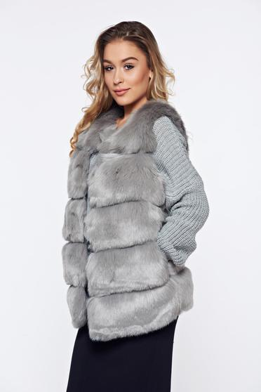 Grey elegant gilet with pockets with inside lining