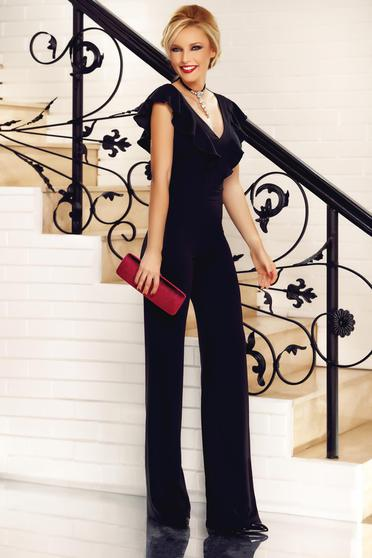 Fofy black elegant jumpsuit with ruffles on the chest with v-neckline