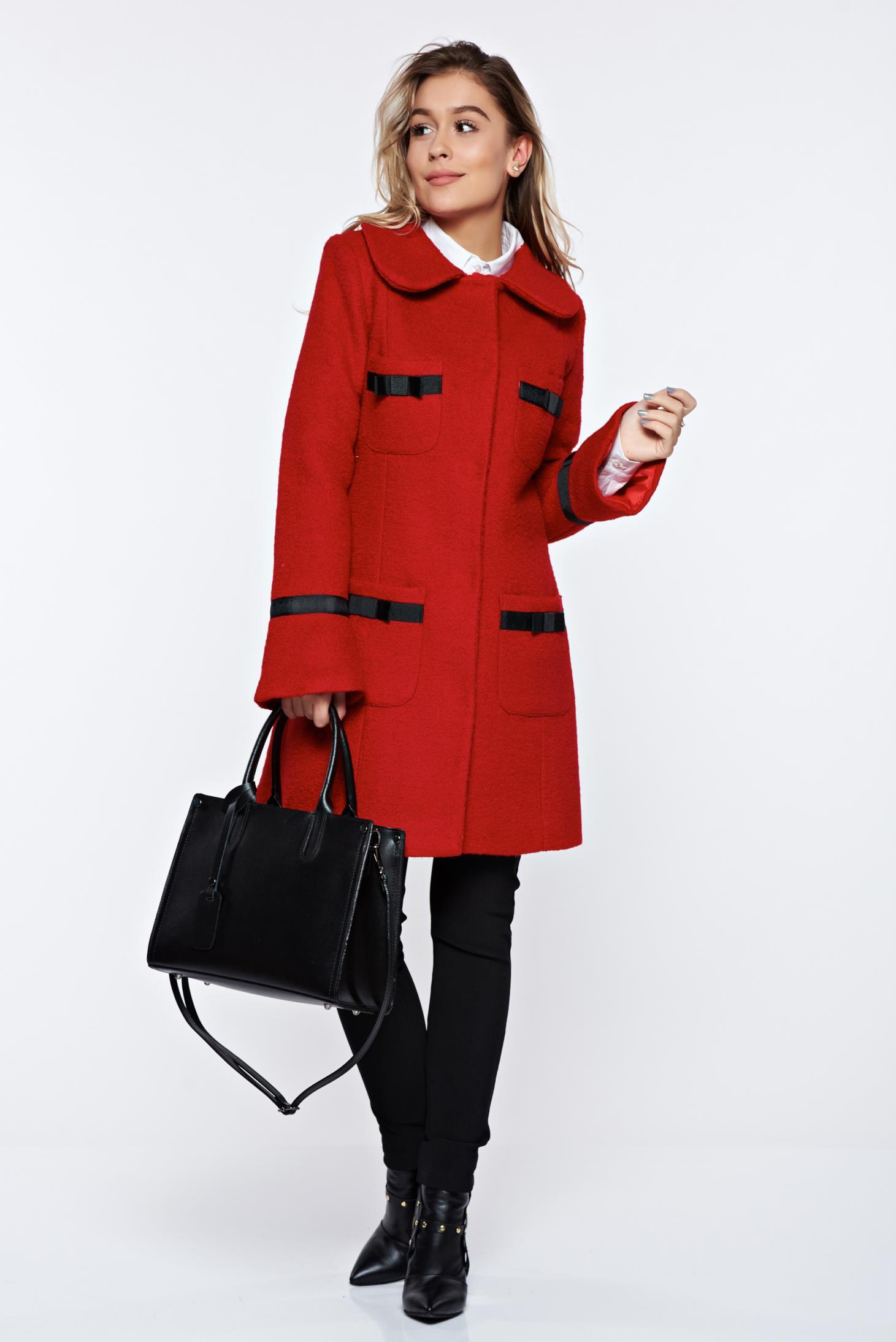 Palton LaDonna rosu elegant din lana drept cu guler rotunjit accesorizat cu fundite