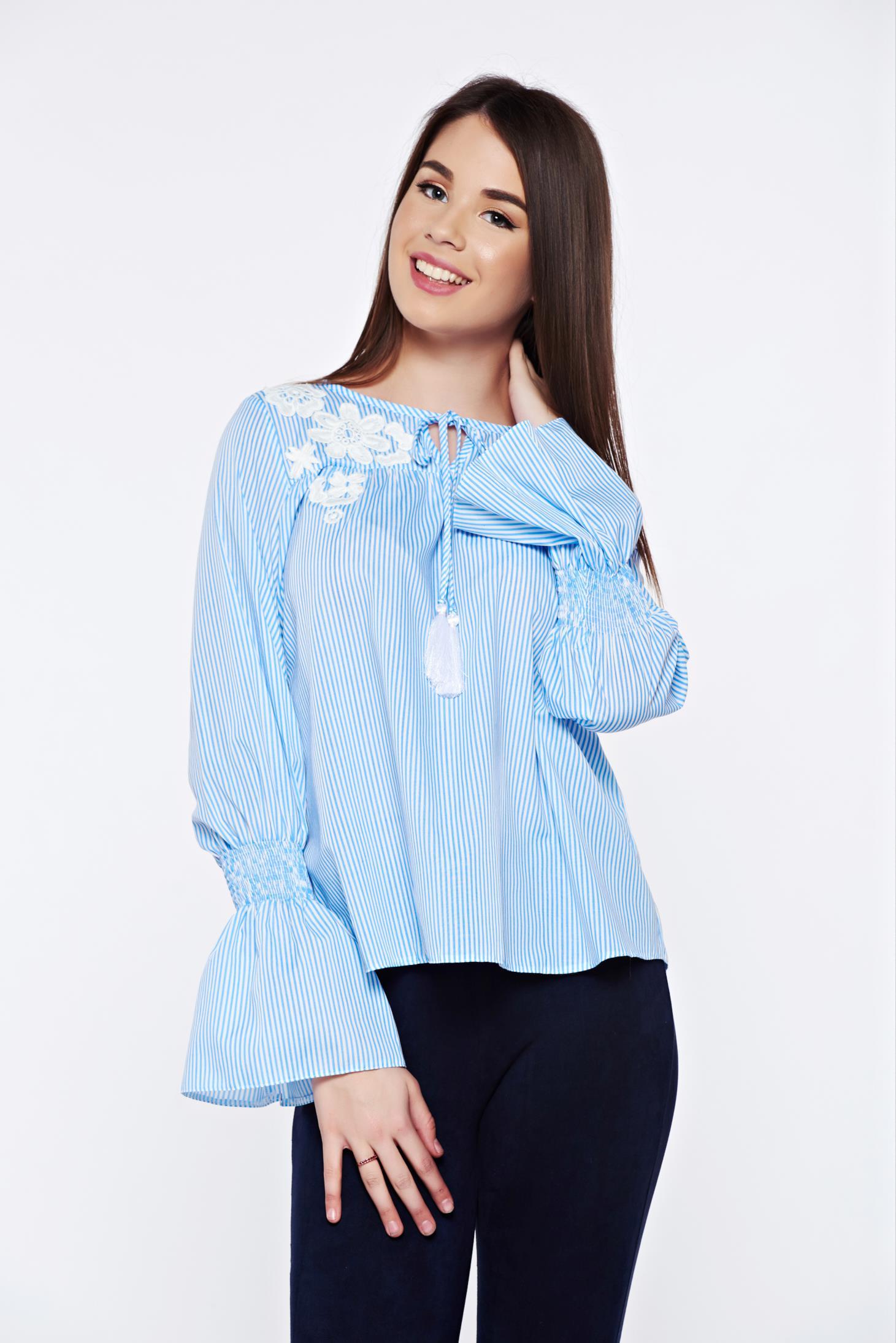 Bluza dama LaDonna albastra-deschis cu dungi casual brodata din bumbac