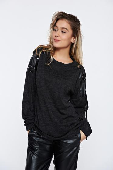 PrettyGirl casual knitted darkgrey sweater with faux leather details
