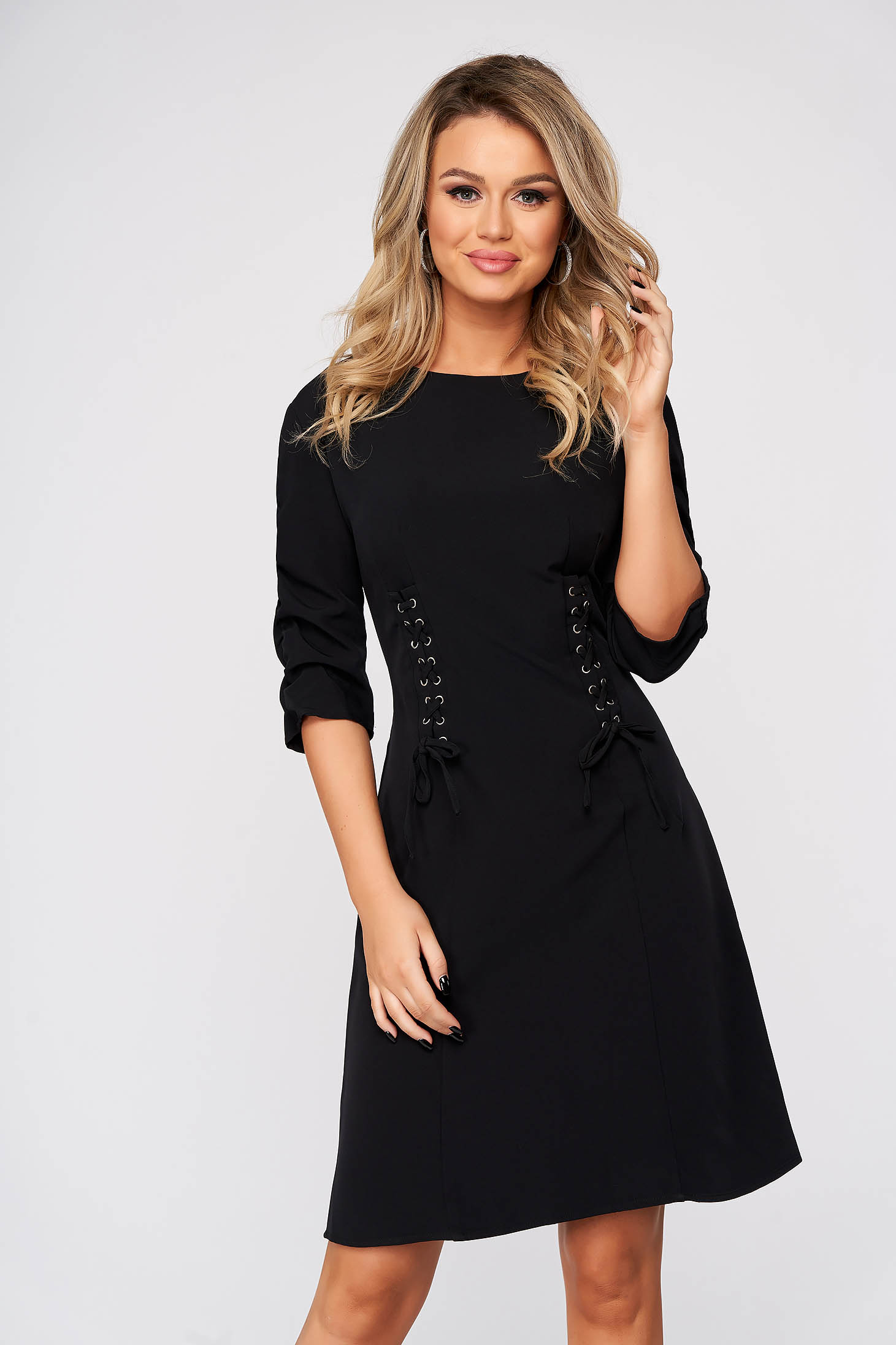 Black dress short cut daily cloche with 3/4 sleeves