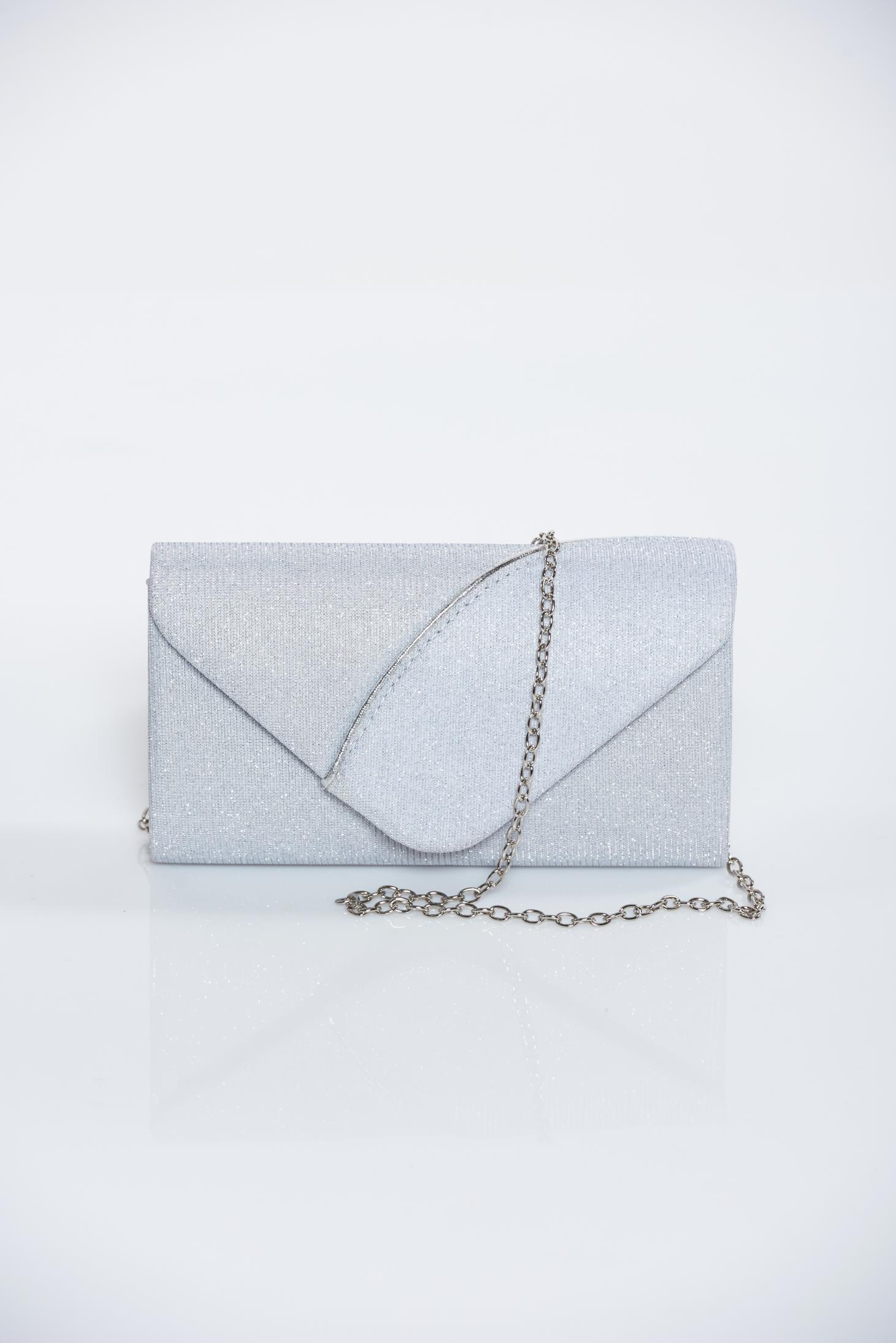 7ef4981d42 Ezüst alkalmi táska csillogó díszítések lánccal