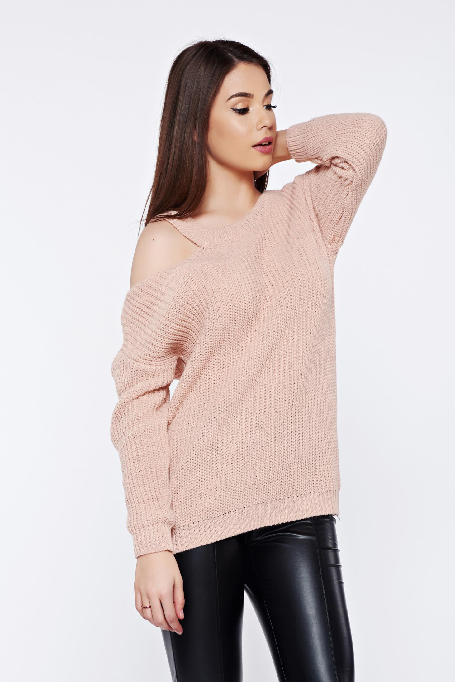 Pulover rosa casual tricotat cu croi larg cu umeri decupati