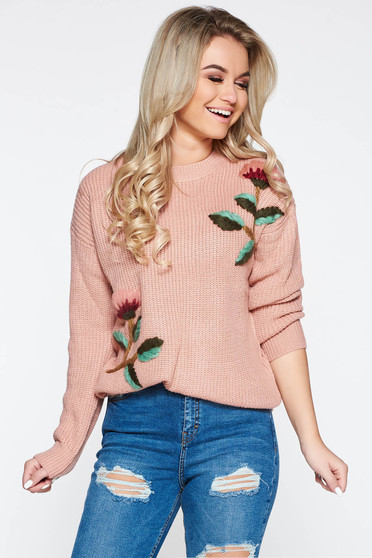 Rosa casual knitted flared sweater with floral details
