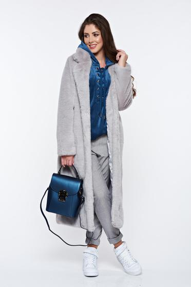 Grey fur with straight cut from soft fabric with inside lining