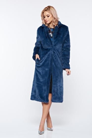 Blue fur with straight cut from soft fabric with inside lining