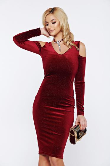 Fofy burgundy occasional long pencil dress from velvet with crystal embellished details
