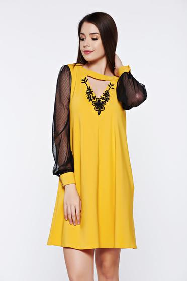 LaDonna yellow elegant daily dress with laced sleeves