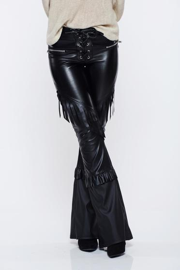 Ocassion black trousers with fringes flared with laced details