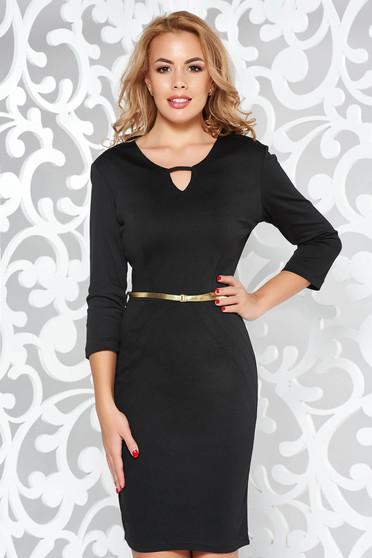PrettyGirl black office pencil dress accessorized with belt