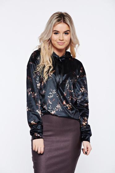 PrettyGirl casual velvet black coat with floral print