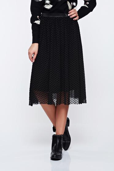 Top Secret black skirt casual with elastic waist with inside lining