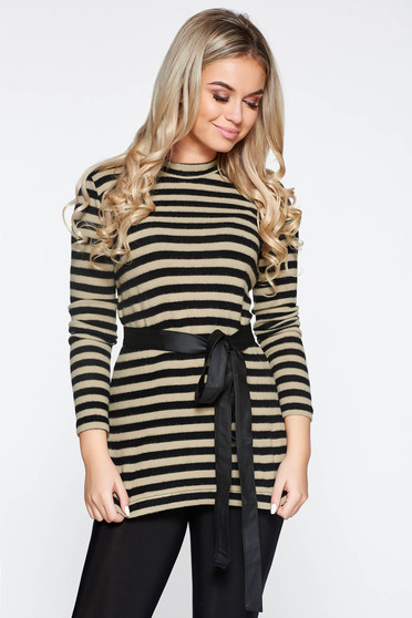 PrettyGirl cream casual knitted sweater with stripes accessorized with tied waistband