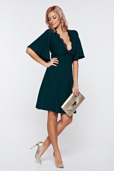 Artista darkgreen dress with a cleavage occasional a-line